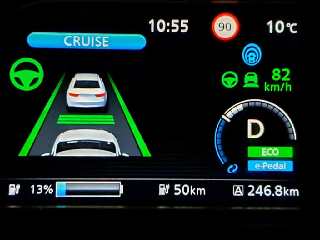 Nissan Leaf e+ detalle pantalla