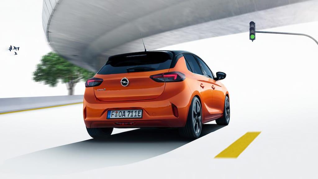Vista trasera del nuevo Opel Corsa-E