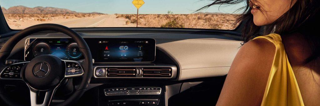 Salpicadero interior de Mercedes-EQ