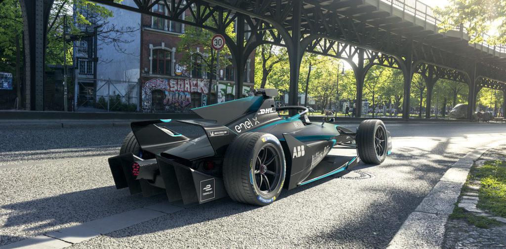 La Fórmula E muestra una nueva evolución de sus monoplazas, el Gen2 Evo, con el que los equipos competirán en esa misma temporada.